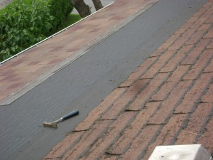 cracked-shingles
