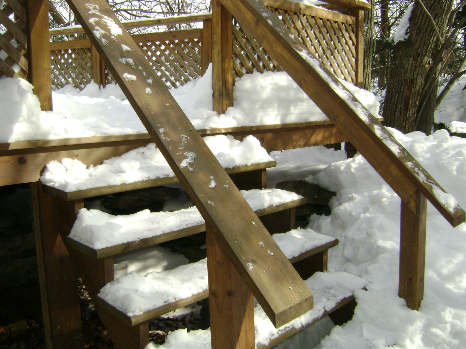 How To Build A Deck Home Improvements