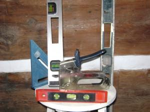 levels square stapler